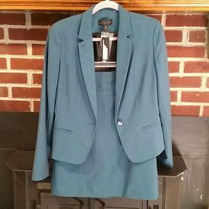 NWOT Teal Skirt Suit